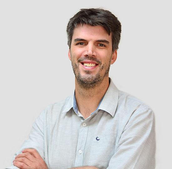 Dr-C-van-Zyl